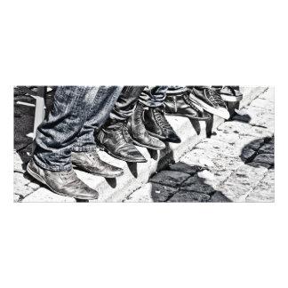 Zapatos de la acera tarjetas publicitarias a todo color