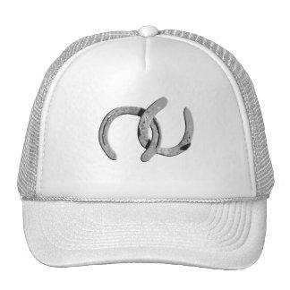 Zapatos de plata llanos del caballo gorra