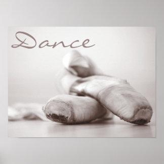Zapatos de Pointe del ballet en la plantilla de Da Impresiones