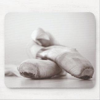 Zapatos de Pointe del ballet en la plantilla de Da Tapete De Raton