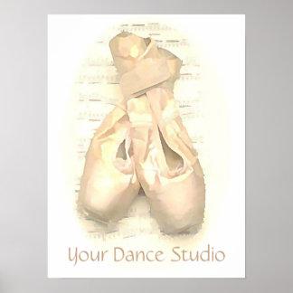 Zapatos de Pointe del ballet pintados Póster