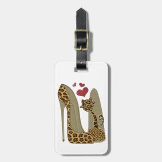 Zapatos del estilete del estampado leopardo y cora