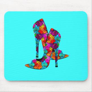 Zapatos del tacón alto de la diversión del verano alfombrilla de raton