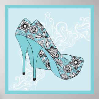 Zapatos florales del estilete en acento del negro póster