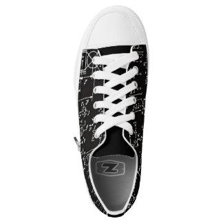 Zapatos Geeky del top del punto bajo del negro de Zapatillas