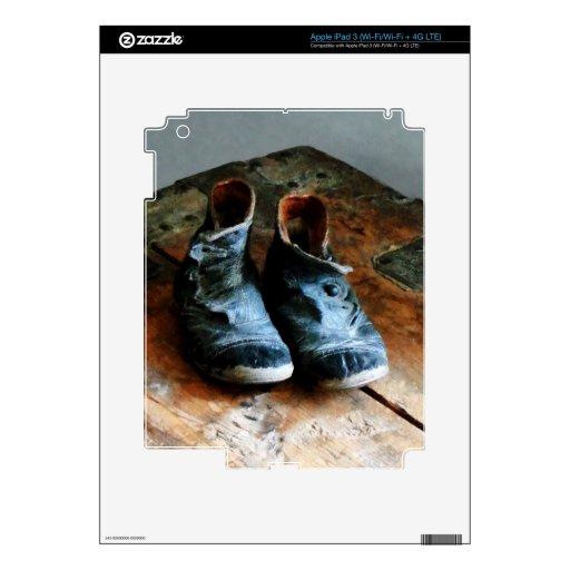 Zapatos pasados de moda iPad 3 pegatina skin