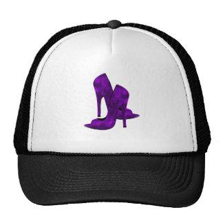 Zapatos púrpuras del tacón alto gorro de camionero