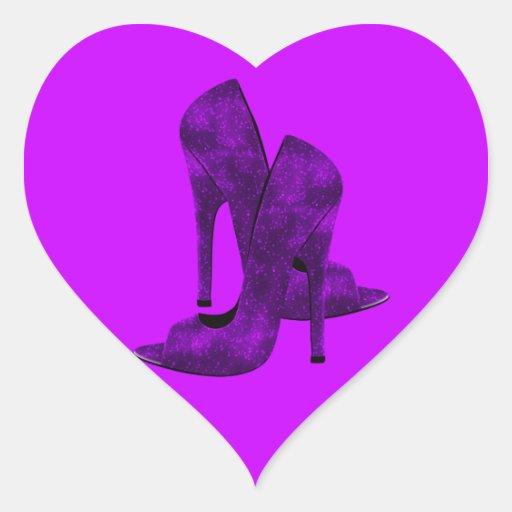 Zapatos púrpuras del tacón alto pegatina en forma de corazón