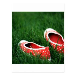 Zapatos rojos frescos abstractos del resbalón tarjetas postales