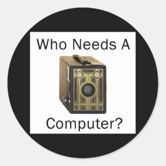 ZAZ423 que necesita un ordenador Pegatina Redonda
