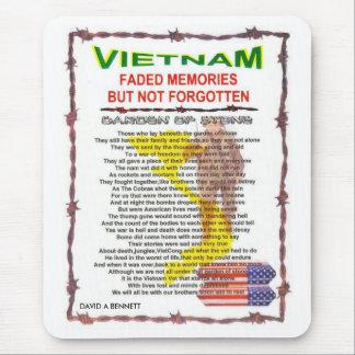 zazv- VIETNAM /POEM Alfombrilla De Ratón