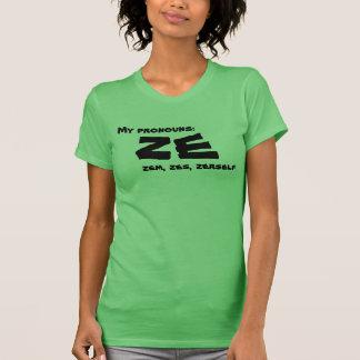 Ze or Custom Prounoun T-Shirt