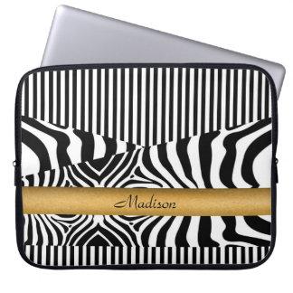 Zebra y rayas nombradas funda portátil