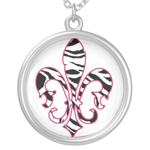 zebrafleur round pendant necklace
