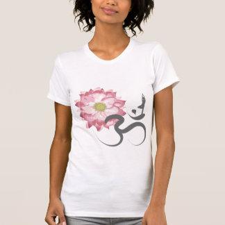 Zen blanco del símbolo de OM de Lotus de la yoga r Camiseta