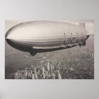 zeppelin over Manhattan Poster