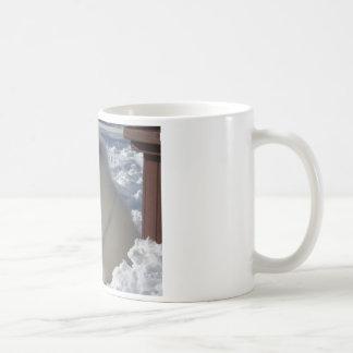 zeus_snow_21dec09_1 mugs