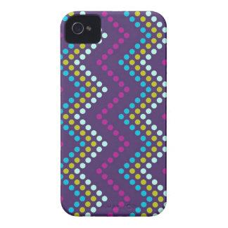 Zig Zag Dot Metro iPhone 4 Covers