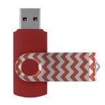 Zigzag anaranjado y blanco pen drive giratorio USB 3.0