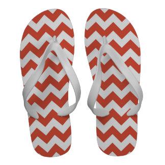 Zigzag anaranjado y blanco sandalias de playa