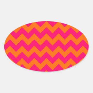 Zigzag anaranjado y rosado pegatina ovalada