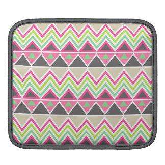Zigzag azteca tribal del triángulo del zigzag del  fundas para iPads
