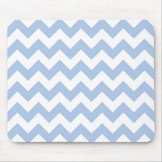 Zigzag azul claro y blanco alfombrilla de ratones
