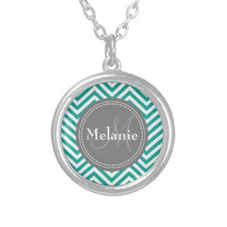 Zigzag azul y gris del trullo con monograma colgantes personalizados
