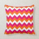 Zigzag blanco anaranjado rosado almohadas