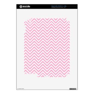 Zigzag blanco del rosa del modelo de Chevron para iPad 2 Skin