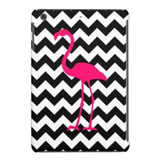 Zigzag blanco y negro del flamenco rosado fundas de iPad mini retina