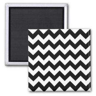 Zigzag blanco y negro imán cuadrado