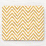 Zigzag (Chevron), rayas, líneas - naranja blanco Alfombrillas De Ratones