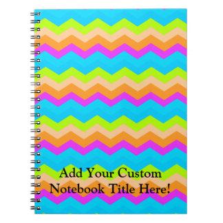 Zigzag de neón del arco iris spiral notebook