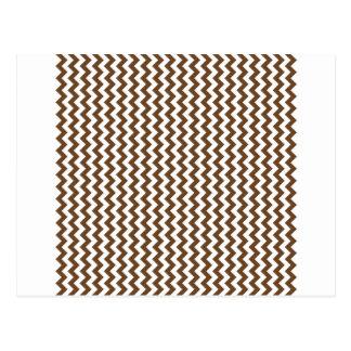 Zigzag de par en par - blanco y nariz de Brown Tarjeta Postal