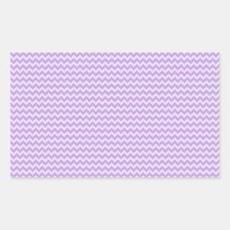 Zigzag horizontal - glicinia y lavanda pálida pegatina rectangular