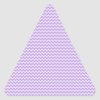 Zigzag horizontal - glicinia y lavanda pálida pegatina triangular