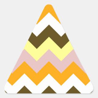 Zigzag I - Amarillo, rosado, anaranjado, blanco, Pegatina Triangular