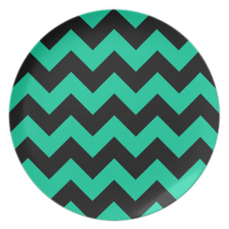 Zigzag I - Black and Caribbean Green Dinner Plate