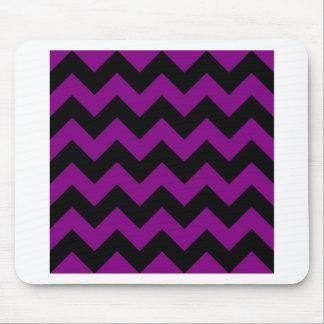 Zigzag I - Negro y púrpura Alfombrillas De Ratones