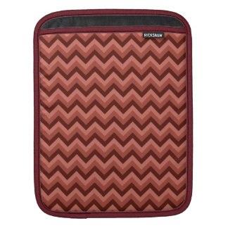 Zigzag Pattern in Cool Shades of Red Sleeve For iPads