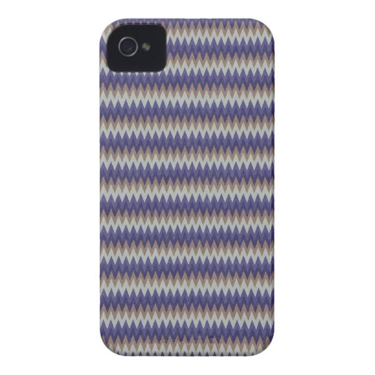 Zigzag Patterned iPhone4 Case