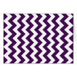 Zigzag púrpura y blanco tarjetón