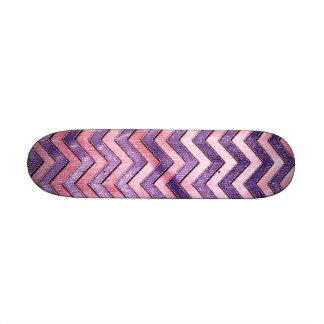 Zigzag púrpura y rosado patineta personalizada