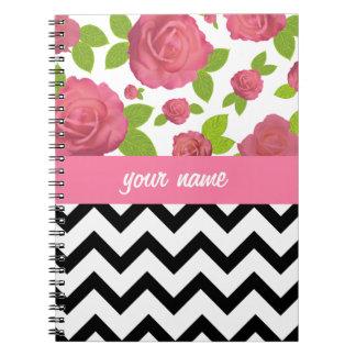 Zigzag y cuaderno mezclado floral de las impresion