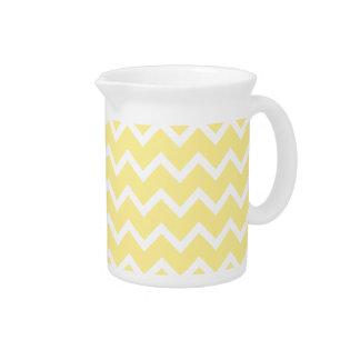 Zigzags amarillos claros y blancos jarra de beber