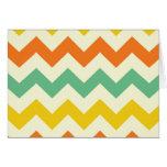 Zigzags de Chevron del amarillo anaranjado de la v Felicitacion