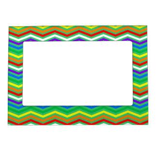 Zigzags del arco iris marcos magneticos para fotos