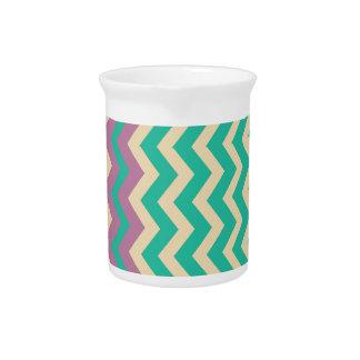 Zigzags del trullo con la frontera púrpura jarra de beber