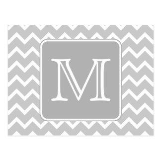 Zigzags grises y blancos con el monograma de encar postal